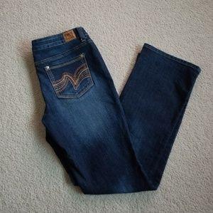 L.E.I. Jeans! 11 SHORT Ashley Lowrise Slim Boot!